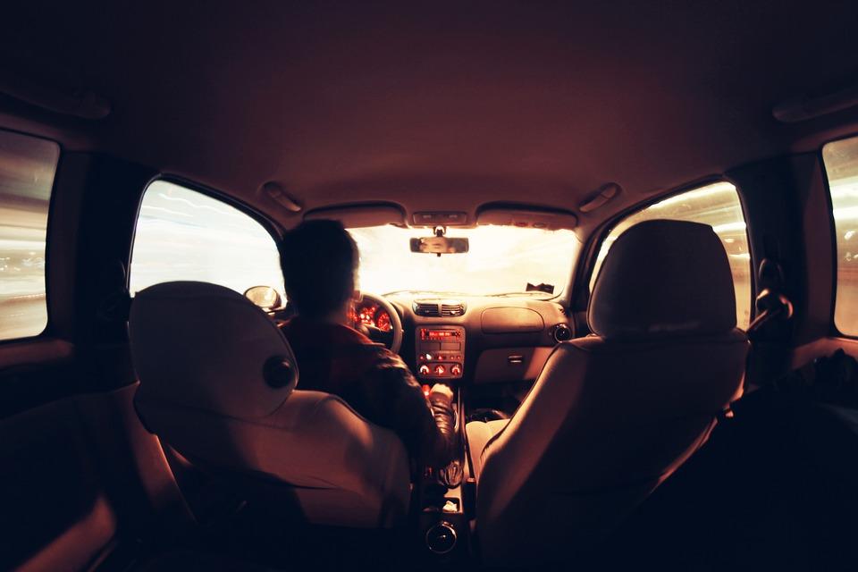 Aria condizionata in auto ferma